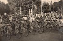 1968-Partenza 1° Tappa Giro di Spagna. Lino Farisato corre con la Faema capitanata da Vittorio Adorni